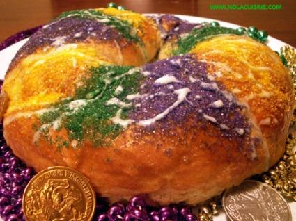 mardi-gras-king-cake.jpg